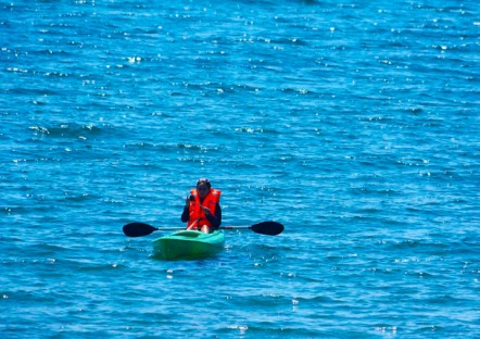 My friend Vanni kayaking for the first time ALL BY HERSELF!
